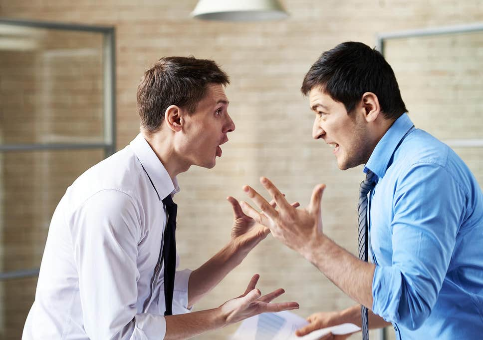 Read more about the article Dealing with a Narcissistic Boss